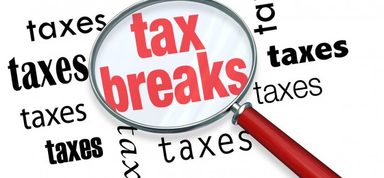 tax break magnifying glass, cpa tax accountants melbourne fl